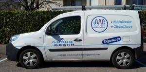 camion de grenoble pour depannage rapide eau gaz sanitaires