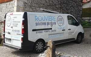 camion équipé pour le dépannage et l'installation eau gaz sanitaires à Grenoble