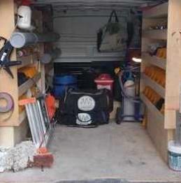 camion équipé pour le dépannage et l'installation eau gaz sanitaires